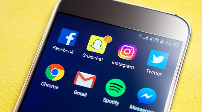 These are the important things to consider when deciding on Facebook vs Twitter