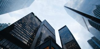 financial-technology-small-business-banks